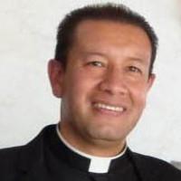 Père Roberto Beltrán