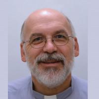 père Mario St-Pierre